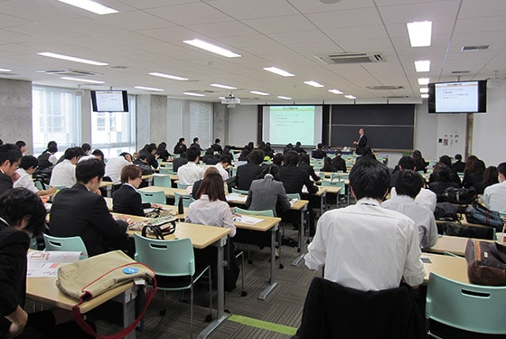 Environmental preservation lecture at a university (October 2015 at the Kanagawa Institute of Technology)