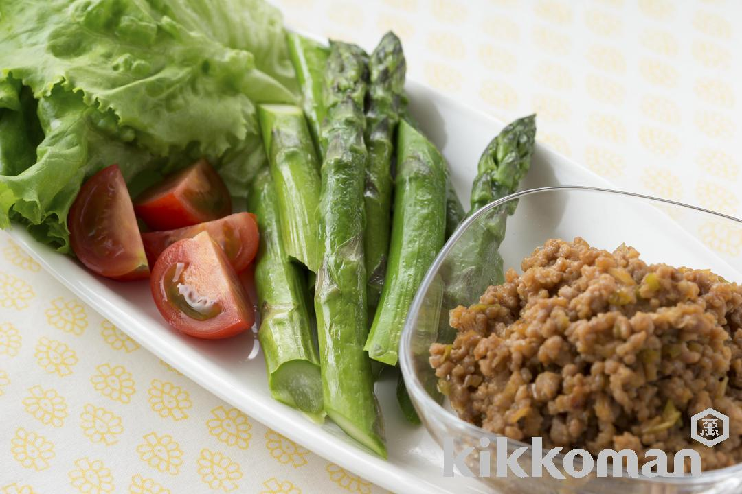 Miso-flavored Ground Pork and Vegetables