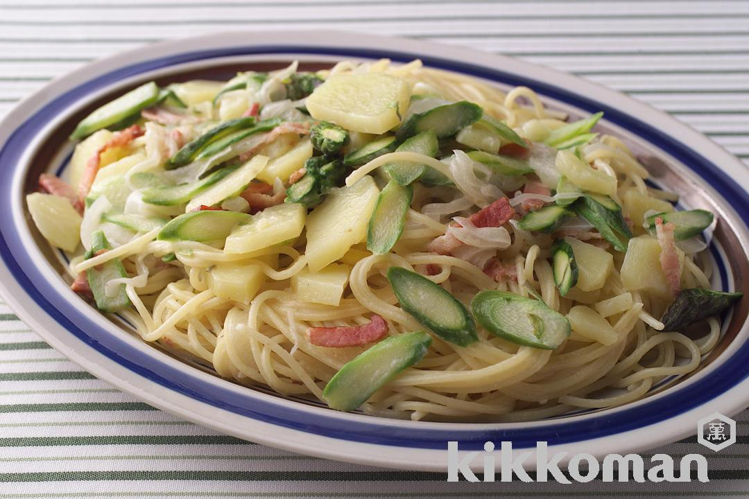 Pasta with Potatoes and Green Asparagus