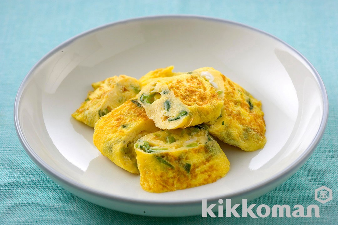 Japanese Fried Egg Omelet with Japanese Parsley