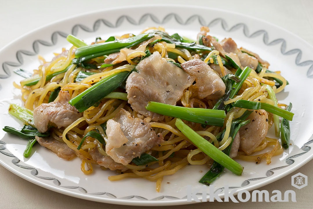 Yakisoba Fried Noodles with Japanese Long Onions