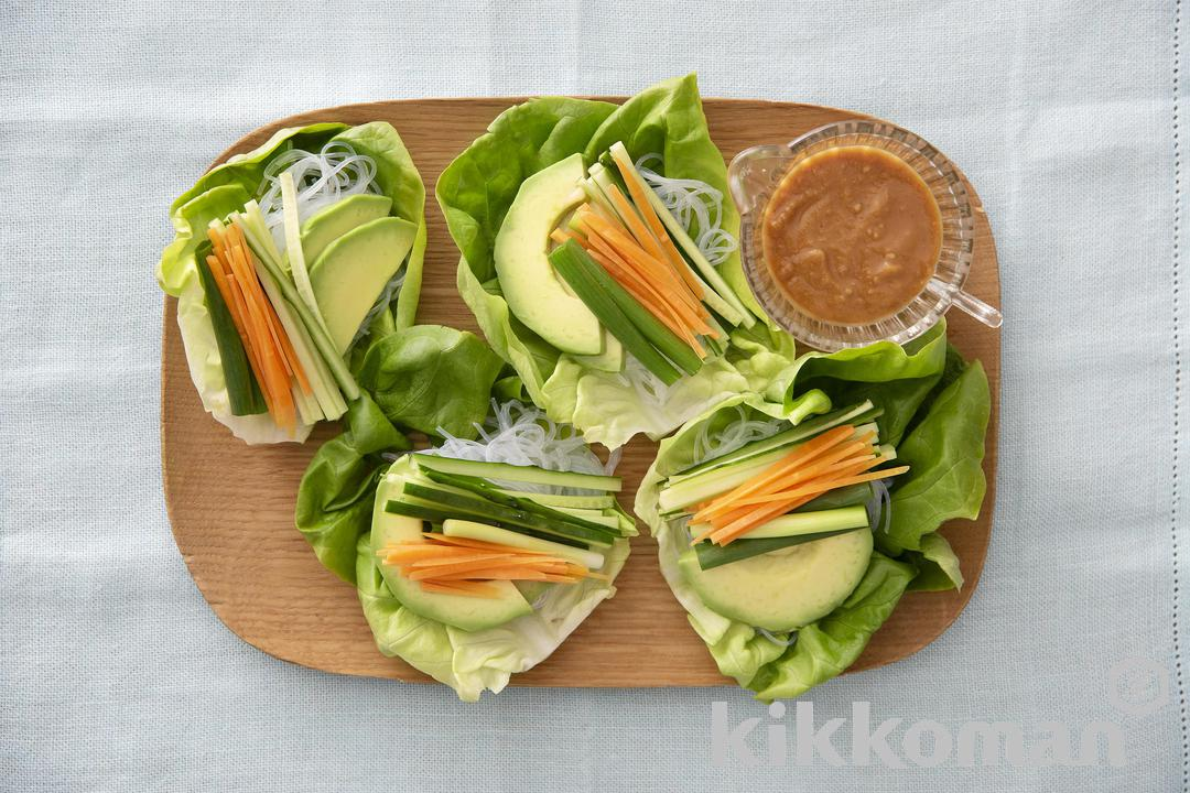 Cellophane Noodles and Vegetable Lettuce Roll Salad